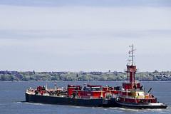 r_180509124_beat0037_a (Mitch Waxman) Tags: killvankull newyorkcity newyorkharbor tugboat newyork