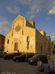 Cattedrale della Madonna della Bruna e di Sant'Eustachio (FIORE Luigi) Tags: chiesa church basilicata barocco auto matera lucania italia cielo blu sky persone people
