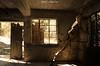 Abandono de Hotel (NatyCeballos) Tags: ventana abandoned abandon abandonné abbandonato architecture exploration explore rust rusty ruins rotten room bed beds bedroom urbain interior inside perdu perdue decay decaying decayed dusty nikon hotel eden hoteleden interieur old