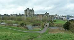 Trim Castle, County Meath RoI (Ron's travel site) Tags: trimcastle castle river riverboyne bridge trim countymeath ireland meath roi europe ronstravelsite wwwronsspotuk 150418
