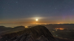 'Moonlight, Sea-Mist & Aurora' - Cadair Idris, Snowdonia (Kristofer Williams) Tags: cadairidris moon moonset night sky stars landscape nightscape seamist