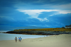 Inis Oirr, Ireland (alice 240) Tags: inisoirr ireland irish europa costa beach ngc nationalgeographic travel sea tourism nikon flickr poetry magic dream atmosferic sky blue
