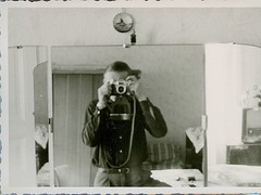 A very collectible selfie from back in the day (Kingkongphoto & www.celebrity-photos.com) Tags: group children africanamerican pose school sport rare pretty girl schoolcone selfportrait mirror selfie