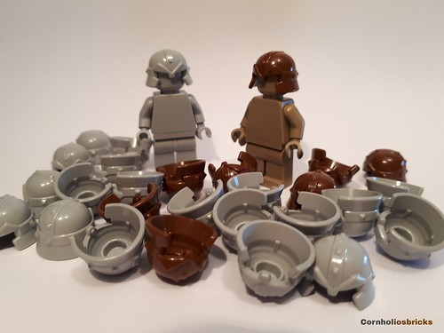 LEGO Minifig Headgear Helmet w// Breathing Apparatus /& Headlights Brown NEW