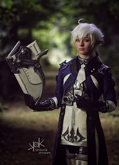 Fotocon 2017: Rose & Prince Cosplay as Alphinaud Leveilleur from Final Fantasy XIV, by SpirosK photography (SpirosK photography) Tags: alphinaudleveilleur finalfantasy finalfantasyseries finalfantasyxiv cosplay finalfantasycosplay fotocon fotoconbytechland fotocon2017 fotoconbytechland2017 portrait game videogamecharacter videogame blue ff14 ffxiv finalfantasy14 mage magic wizard spell spellbook