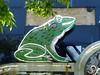 Chattanooga, TN Ellis Restaurant neon frog (army.arch) Tags: chattanooga tennessee tn ellis restaurant neon sign frog detail