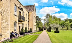 Nunnington Hall.. (Paul Thackray) Tags: yorkshire northyorkshire ryedale nunningtonhall nationaltrust footpath 2018