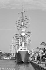 Feuerschiff (vmonk65) Tags: nikon nikond810 hamburg hamburgerhafen boot schiff elbe wasser himmel water river ship