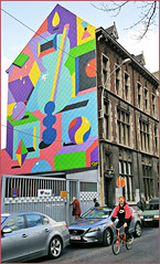 Fresque street art, 2Shy, boulevard de la Constitution, Liège (claude lina) Tags: claudelina liège belgium belgique belgië architecture fresque streetart artderue 2shy