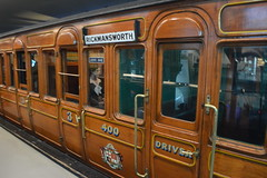 Underground Railway Carriage (Exterior) (CoasterMadMatt) Tags: londontransportmuseum2018 londontransportmuseum transportmuseum london transport museum london2018 capitalcityofengland capitalcityofgreatbritain capitalcity englishcities britishcities city cities coventgarden covent garden vehicles vehicle carriage carriages car cars metropolitanrailway rollingstock metropolitan railway rolling stock exterior outside londonunderground exhibit exhibits museums londonmuseums londonattractions cityofwestminster westminster londonborough southeastengland southeast england britain greatbritain gb unitedkingdom uk europe february2018 winter2018 february winter 2018 coastermadmattphotography coastermadmatt photos photographs photography nikond3200