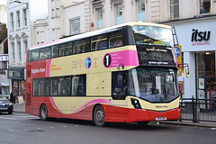 Brighton & Hove 814 SK16GWW (Will Swain) Tags: brighton 31st january 2018 west sussex south coast city centre bus buses transport travel uk britain vehicle vehicles county country england english hove 814 sk16gww