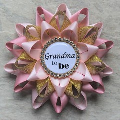 Pink and gold baby shower pins! https://t.co/hNzJG7KeVJ #etsy #shop #baby #parenting #pregnancy #babyshower #cute https://t.co/RTnj7gh6Xr (petalperceptions.etsy.com) Tags: etsy gift shop fashion jewelry cute