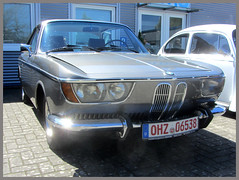 BMW 2000 CS (v8dub) Tags: bmw 2000 cs allemagne deutschland germany german niedersachsen debstedt pkw voiture car wagen worldcars auto automobile automotive old oldtimer oldcar klassik classic collector