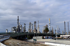 DSC_5712-61 (jjldickinson) Tags: nikond3300 103d3300 nikon1855mmf3556gvriiafsdxnikkor promaster52mmdigitalhdprotectionfilter freeway terminalislandfreeway ca47 ca103 losangeles wilmington oil petroleum petrochemicals fossilfuels refinery