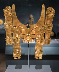IMG_1648 (jaglazier) Tags: 100bc300ad 2018 32518 animals archaeologicalmuseum artmuseums bogota caucavalley chimera colombia colombian goldenkingdomsluxuryandlegacyintheancientamericas goldsmiths gravegoods jaguars jewelry malagana mammals march mesoamerican metropolitanmuseum museodeloro museums newyork noserings palmira precolumbian religion rituals specialexhibits usa archaeology art burialgoods copyright2018jamesaglazier crafts funerary gold goldworking metalworking mouthcovers mythical repousse sculpture sheetwork unitedstates