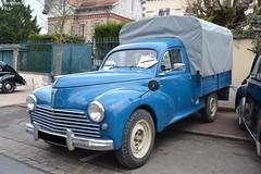 Peugeot 203 Pick-Up (Monde-Auto Passion Photos) Tags: voiture vehicule auto automobile peugeot 203 pickup bleu blue ancienne classique rare rareté rassemblement evenement france courtenay