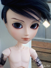 Travis (♪Bell♫) Tags: taeyang william travis romanov repaint custom doll groove tattoo tribal