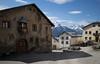 Tschlin City (Toni_V) Tags: m2407370 rangefinder digitalrangefinder messsucher leicam leica mp typ240 type240 28mm elmaritm12828asph hiking wanderung randonnée escursione tschlinsent tschlin unterengadin engiadinabassa engadin graubünden grisons grischun alps alpen switzerland schweiz suisse svizzera svizra europe frühling spring ©toniv 2018 180428