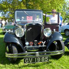 Austin 10-4 Saloon 1933 P1390956mods (Andrew Wright2009) Tags: ipswichfelixstowe ipswich felixstowe run suffolk england uk cars automobiles classic historic heritage vehicle austin 104 saloon 1933