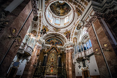 All over (Melissa Maples) Tags: innsbruck österreich austria europe nikon d3300 ニコン 尼康 sigma hsm 1020mm f456 1020mmf456 winter cathedral church domzustjakob domstjacob sanctuary holidays decorations christmastrees