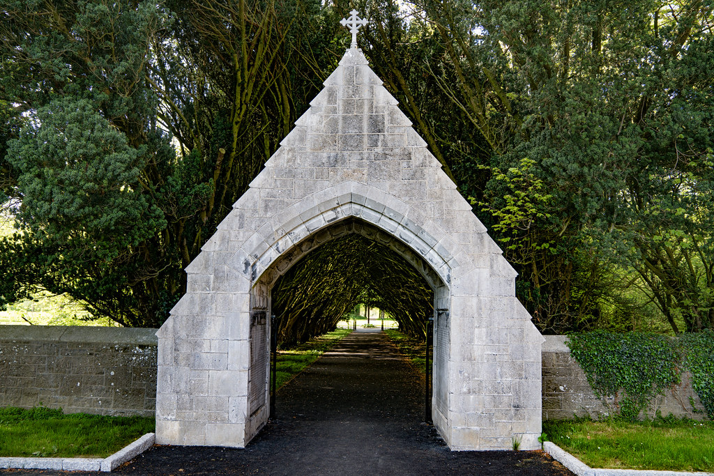ST. PATRICK'S COLLEGE CEMETERY IN MAYNOOTH [SONY A7RIII IN FULL-FRAME MODE]-139575