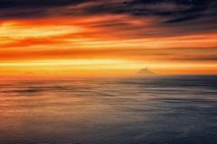 Voyage au centre de la Terre (Gio_guarda_le_stelle) Tags: verne sunset voyage energia vulcano seacsape clouds atmosphere seascape mare orizzonte isole tirreno tramonto dipinto brezza wind cool soffio sogno jv canon italy sicilia mar i