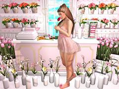 {Blog 326} Smell the Tulips (veronica gearz) Tags: avatar avi avatars blogger bloggers blog blogs blogging bento maitreya mesh life lelutka 2ndlife secondlife second sl spring florist flowers flower larahurley opale cynful reign cae belleposes mossmink ariskea dustbunny halfdeer whatnext tulips tulip