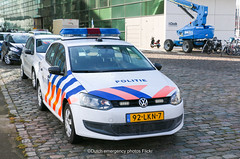 Dutch police Volkswagen Polo (Dutch emergency photos) Tags: politie police polizei polis polisi politi polici polisie policie policia polisia polit politieauto policevehicle vehicle car auto volkswagen vw polo vista fedsig federal signal sputnik emergency 999 911 112 nederland nederlands nederlandse dutch holland nedetherlands amsterdam national nationale agency 92lkn7