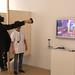 L'exposició Centre d'Atenció Primària CAP Jazz Vic inclou una prova que és un joc de realitat virtual. Foto: ACVic Centre d'Arts Contemporànies.