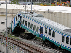 Ops! (Maurizio Boi) Tags: pilota crash incidente treno train zug rail railway railroad eisenbahn locomotiva locomotive italy