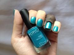 527 Metallic Emerald Green (Kiko) (Daniela nailwear) Tags: metallicemeraldgreen kiko verde shimmer 527 esmaltes esmalteimportado troquinha mãofeita
