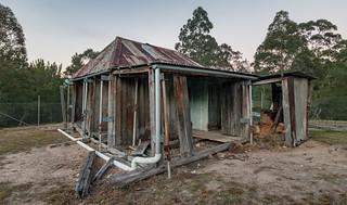 Maxwell's Slab Hut (Kedumba Valley, Blue Mountains)