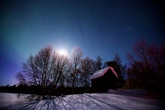 An old storehouse in Bjørnsund, Pasvik (5orenso) Tags: nightscape night winter stars starryskies moonlight moon trees pasvik finnmark norway auroraborealis