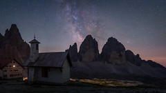 Rifugio Locatelli (Bastian.K) Tags: sterne italien milky way milkyway milch strase strasse milchstrase italy dolomites dolomiten astro astrophotography twan nightphotography high iso long exposure