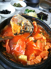 Trout pot 鱒魚 (MelindaChan ^..^) Tags: seafood fish food eat korean chanmelmel mel 鱒魚 sashimi meat hadong skorea 河東 melinda melindachan travel spring
