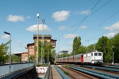 1-5-2018 - Berlin (Greifswalder Straße) (berlinger) Tags: berlinprenzlauerberg berlin deutschland eisenbahn railways railroad nachtzug nighttrain en302 holzroller br109 malmö stockholm snalltaget