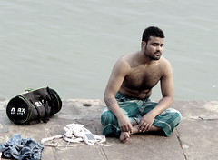 varanasi 2017 (gerben more) Tags: varanasi man hairychest ganges ganga benares india people
