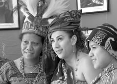 Multicultural (Erkad Lux) Tags: girl africa feria culture cultura