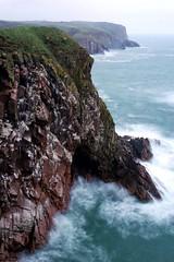 Bullers of Buchan (PeskyMesky) Tags: bullersofbuchan peterhead aberdeenshire scotland landscape cliffs water longexposure canon canon6d leefilter littlestopper