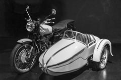Sidecar (schoeband) Tags: royalenfield bullet500 motorbike sidecar bw filmset warnerbrosstudios makingof harrypotter leavesden england uk unitedkingdom