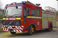 Cork County Fire Service 2000 Volvo FL6 14 Saxon WrL DTU 00C40254 (Ex Devon & Somerset W265 RYB) (Shane Casey CK25) Tags: cork county fire service 2000 volvo fl6 14 saxon wrl dtu 00c40254 w265ryb w265 ryb ex devon somerset water rescue ladder pump driver training unit red truck lorry emergency firebrigade fireengine fireman firemen firefighter firestation fighter man men crew station brigade engine bluelights blue lights flashing flash siren sirens lightbar tender appliance officer equipment pompiers feuerwehr vigili del fuoco brandweer corpo de bombeiro straż pożarna brannvesen palokunta brandkår brandvæsen