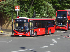 SLN 36692 - SN67XBV - LEWISHAM STATION - FRI 11TH MAY 2018 (Bexleybus) Tags: stagecoach london adl dennis enviro 200 mmc lewisham station dlr shopping centre tfl route 181 36692 sn67xbv