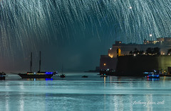 Fireworks at the Grand Harbour, 2018 (Ant Sacco) Tags: pyrotechnics valletta grandharbour fireworks maltafireworksfestival