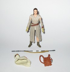 rey jakku VC116 star wars the vintage collection star wars the force awakens basic action figures 2018 hasbro a (tjparkside) Tags: rey jakku star wars vintage collection tvc vc vc116 116 basic action figures 2018 hasbro figure thevintagecollection mosc episode 7 tfa force awakens eight vii staff belt robe hood goggles desert kenner