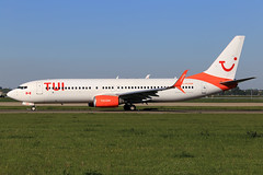 TUI Airlines Sunwing Airlines  Boeing 737-8HX C-FLSW (widebodies) Tags: amsterdam ams eham widebody widebodies plane aircraft flughafen airport flugzeug flugzeugbilder tui airlines sunwing boeing 7378hx cflsw