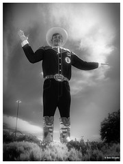 Big Tex in Infrared (PEN-F_Fan) Tags: alienskin alienskinexposure bwfilms bwinfrared bigtex blackwhite blackandwhite camera effect exposurex3 fair fauxinfrared filmlook lens mzuiko12100mmf40pro m43 mft microfourthirds mirrorless monochrome monotone northamerica olympuspenf on1photoraw pencamera photoborder photoedge photoframe postprocessing preset processingsoftware raw statefair style texas type unitedstatesofamerica zoomlens dallas unitedstates usa sky clouds