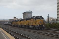 Power Move West (imartin92) Tags: berkeley california unionpacific railroad railway freight train emd gp402 gp40m2 gp60 locomotive