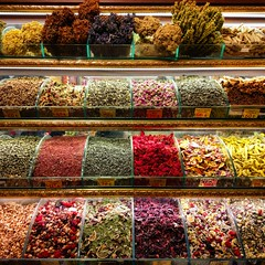Beautiful colors make beautiful smell. (TavshanPasha) Tags: istanbul turkey spice bazar spicebazar spices tea teas çay herbs herbal shop