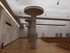2018-05-FL-184977 (acme london) Tags: auditorium columns concrete jamesstirling lighting mushroom staatsgalerie stuttgart suspendedceiling