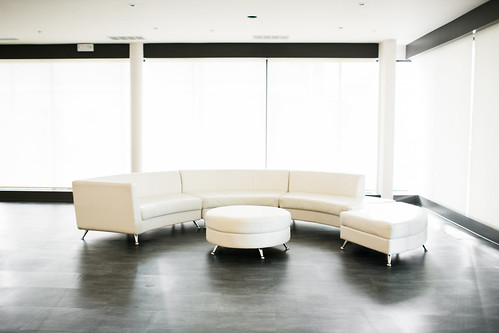"Unique Events White Lounge Furniture at Eastbank Cedar Rapids • <a style=""font-size:0.8em;"" href=""http://www.flickr.com/photos/81396050@N06/39736991650/"" target=""_blank"">View on Flickr</a>"